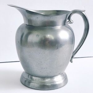 VINTAGE QUEEN ART PEWTER BROOKLYN NY PITCHER